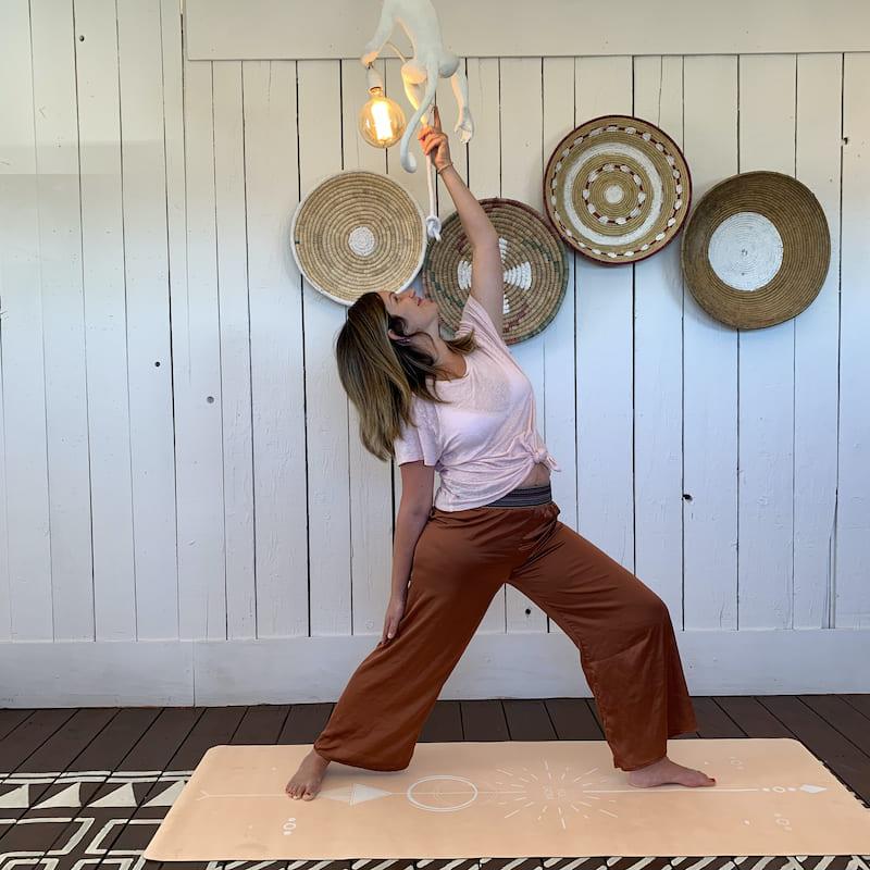 tapis de yoga yogom gamme performance bodyline solaire sable