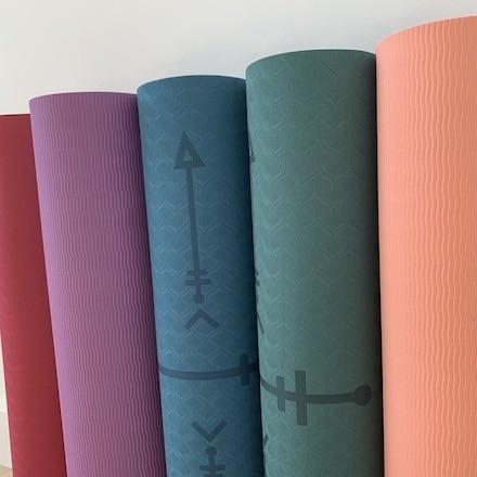 tapis de yoga Yomad réversible anti-dérapant confortable