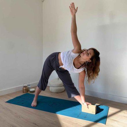 tapis de yoga 6 mm avec alignement : gamme yomad bodyline yogom bleu canard
