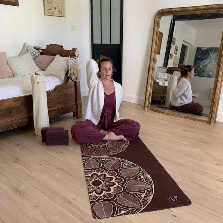 tapis de yoga dynamique et doux mandala yogom
