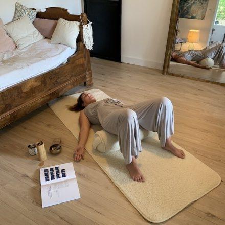 utilisation bolster en yin yoga traversin