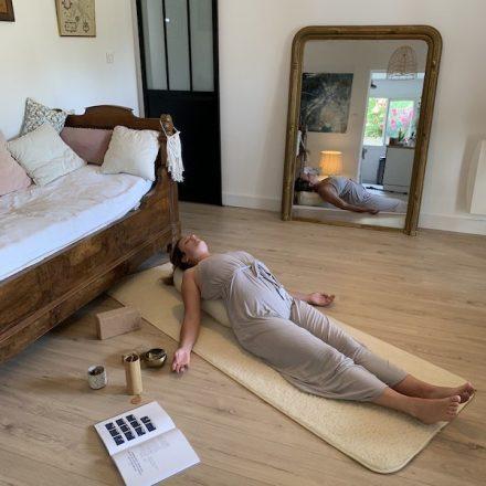 pratiquer le yin yoga et la méditation yogom