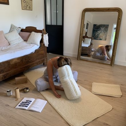 utilisation bolster yin yoga